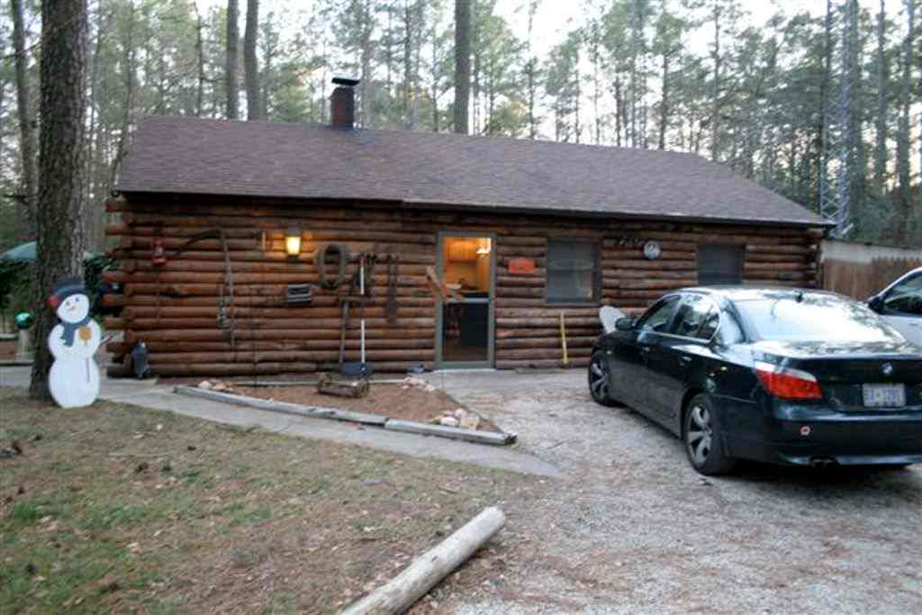 Hunting Lodge in Maryland